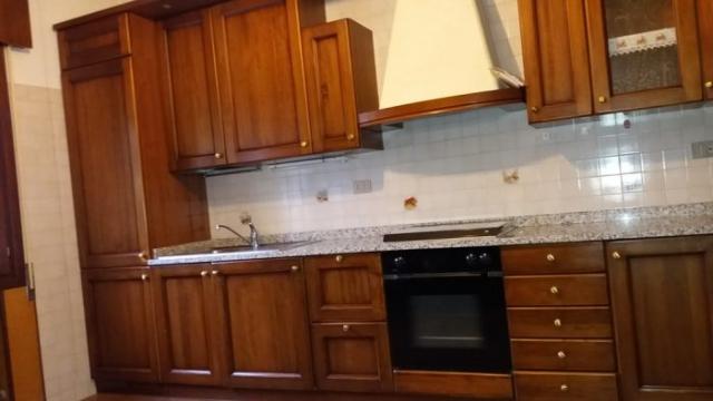 rusztikus cseresznye konyha